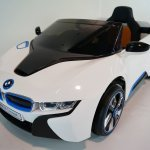 Bmw I8 White Ride On Car 1