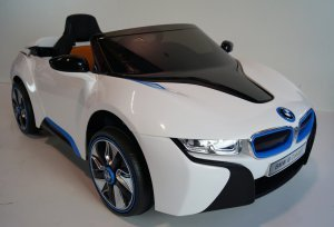 Bmw I8 White Ride On Car 2
