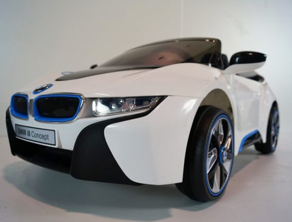 Bmw I8 White Ride On Car 7
