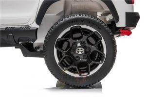 kidsvip toyota hilux 24v ride on 2 seater truck rubber wheels WHITE 3